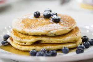 Food Billy Dec Blueberry Pancakes Strawberry Waffles Tease Today 170313 02 6De91213D5F040185Ed863156Ebbb57D Today Inline Large2X